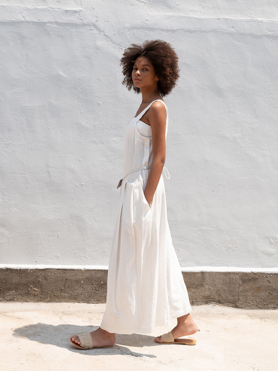 Linen jumpsuit_white