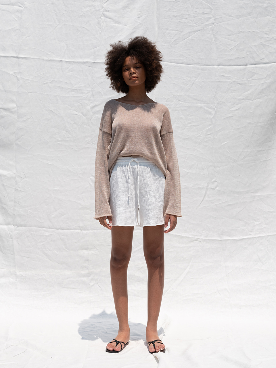Linen v-neck knit_beige